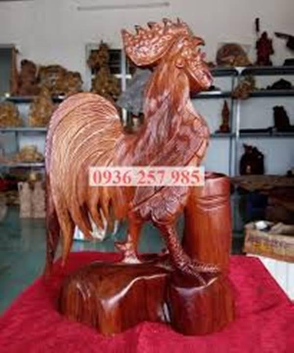 Ý nghĩa phong thủy của tượng gà trống và cách bài trí