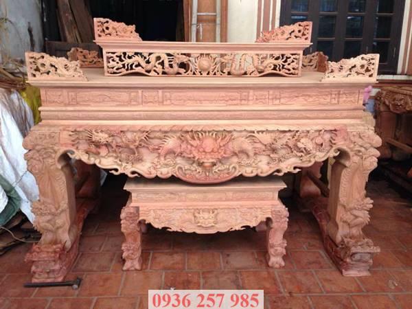 Sập thờ gỗ hương của làng nghề Sơn Đồng